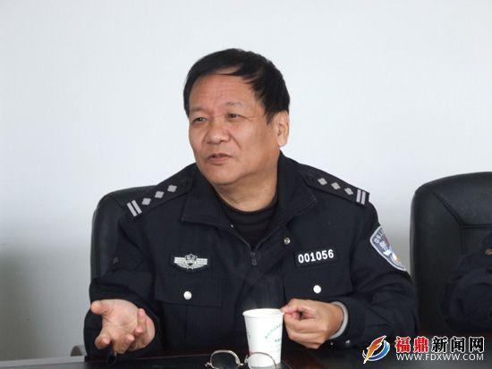 省交警总队宣传处处长李峻深入福鼎检查指导春运工作--福