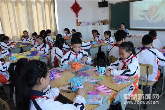 流美中心小学:让学生实践中感受学习的快乐