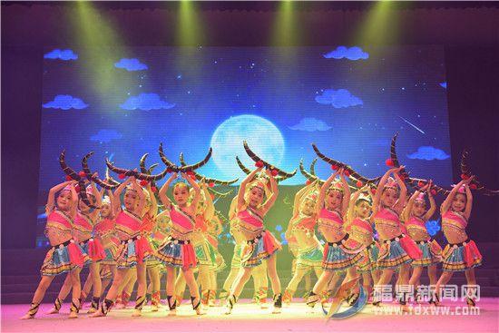 2016中国舞年会在人民剧场上演