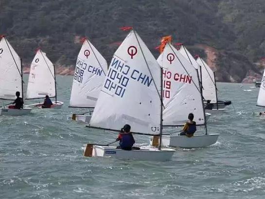 福鼎五中在2017年省青少年帆船帆板锦标赛中取得佳绩