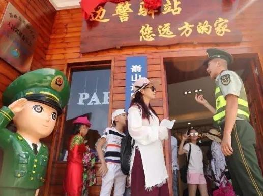 致敬!属于福鼎海岛的帅气军装绿