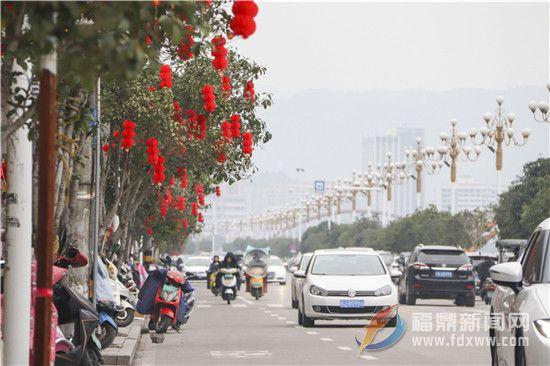 春节即将来临,城区年味十足