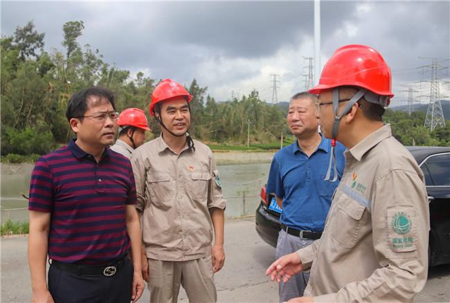 杨文生副市长慰问电力抢修一线人员