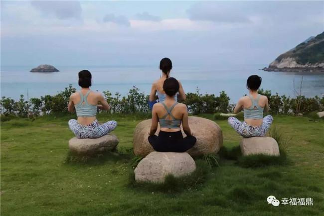 在嵛山岛来一场身心的瑜伽修行,是什么样的feel?