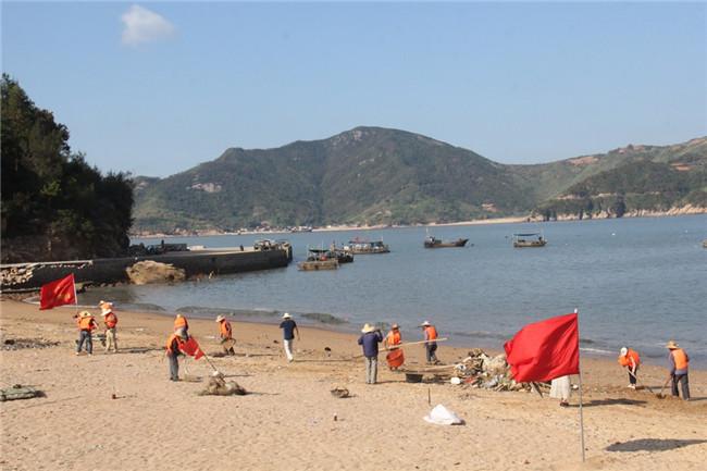 太姥山镇对海漂垃圾进行长效治理