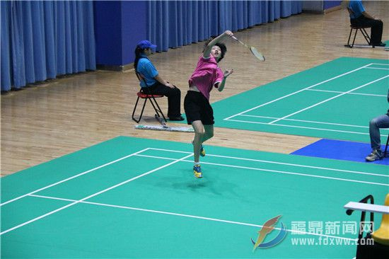 省运会羽毛球赛宁德队两胜三负,取得男乙团体赛第一阶段A组第一