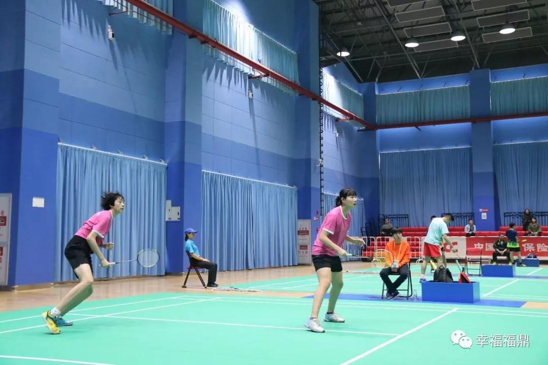 羽毛球青少年部单项半决赛  福鼎两小将提早锁定冠亚军