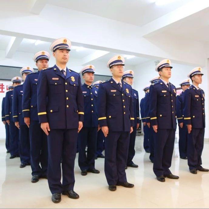 """围观!福鼎市消防救济大队迎来帅气的""""火焰蓝"""""""