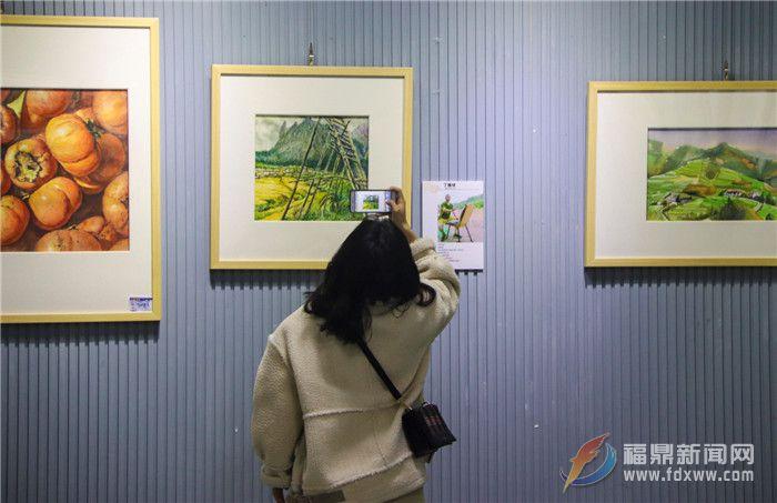 春节时期,水韵华彩•新春水彩画联展在市文明馆连续展出