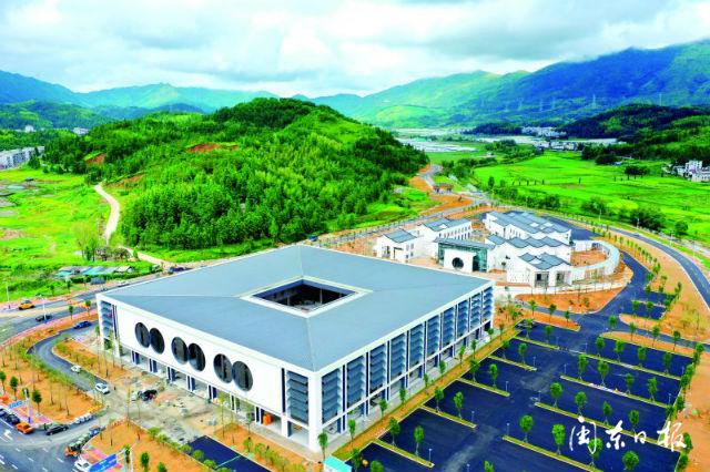 周宁县旅游集散中心、工人文化宫正进入项目建设扫尾阶段