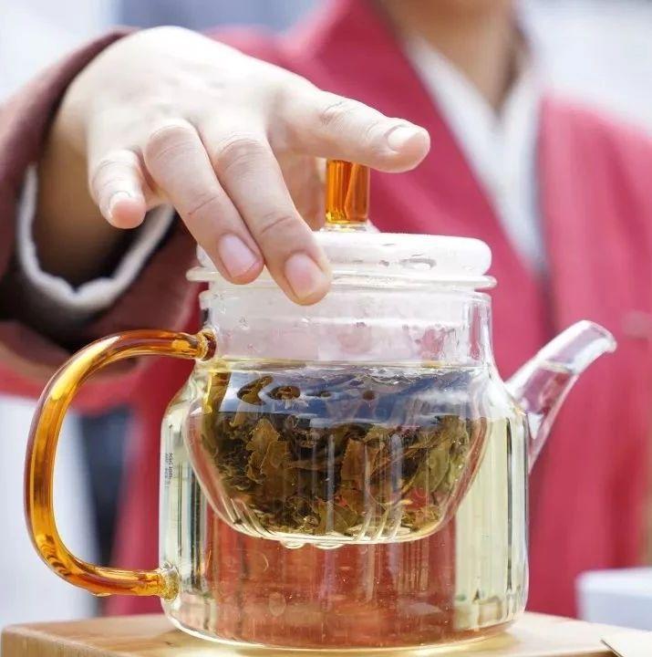 """季节交替,白茶让你远离""""换季病"""""""