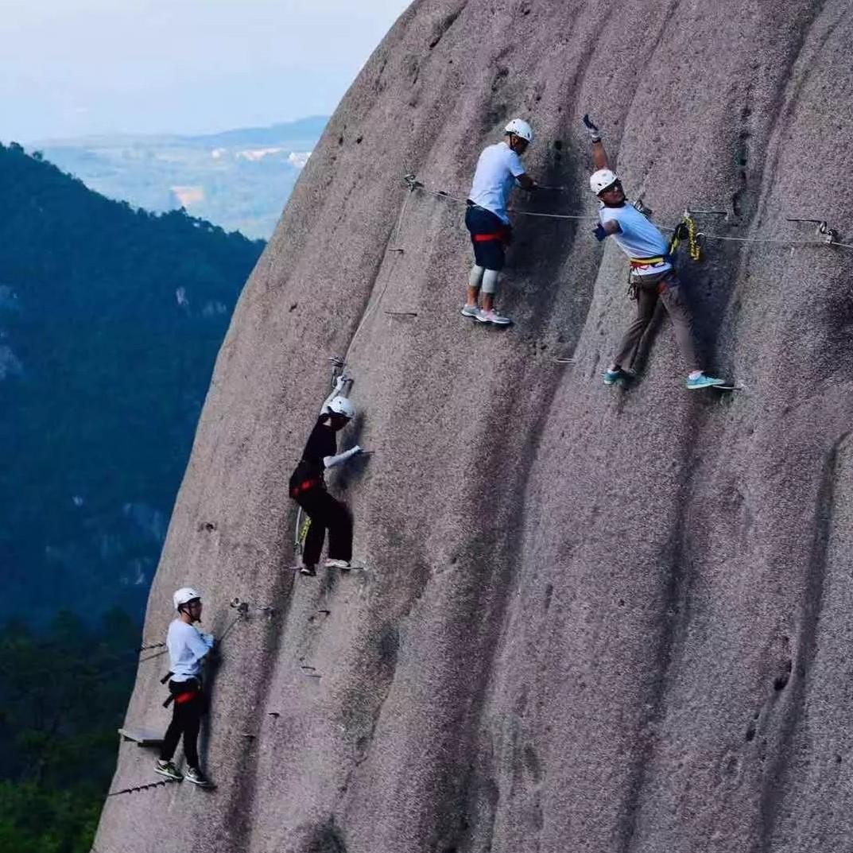 低空旅游、飞檐走壁、丛林穿越……这个假期来太姥山,趣味多多!