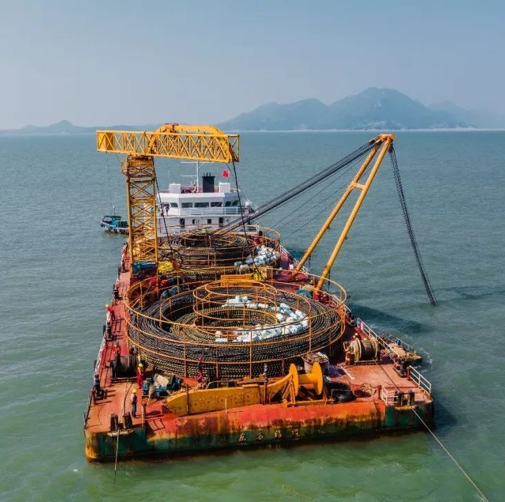 """""""蛟龙""""过海,""""最美海岛""""实现双回海缆供电"""