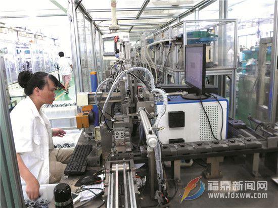 """工匠精神 积厚成""""器"""" ———我市化油器产业发展侧记"""