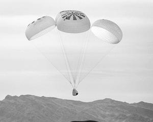 SpaceX载人龙飞船首飞前重要测试成功