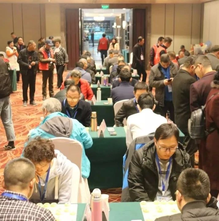 手指放松,战法无穷,这是福鼎最高规格象棋赛事