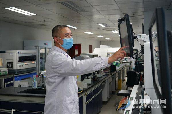 站在抗疫最前线  ——记福鼎市总医院检验科主任张诗颜